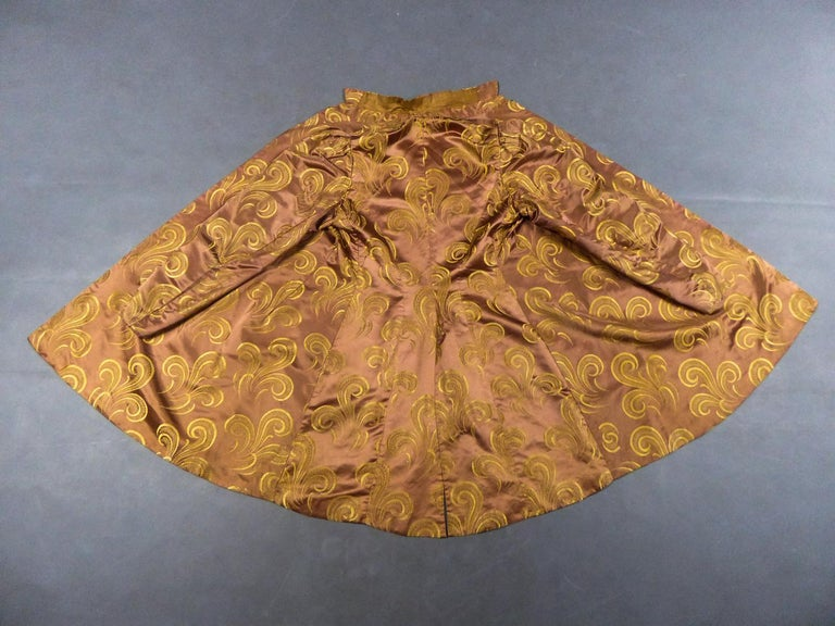 A Brocaded Satin Silk Evening Jacket Circa 1930/1950 For Sale 10