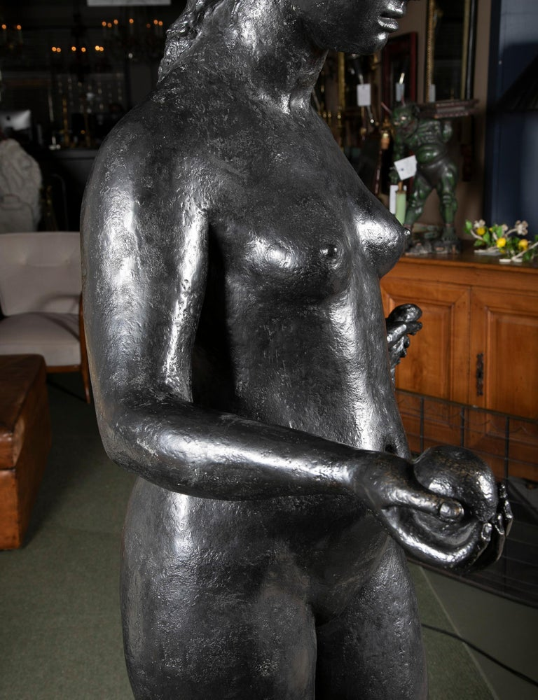 Bronze Sculpture After Le Grande Venus Victrix by Pierre-Auguste Renoir In Good Condition For Sale In Stamford, CT