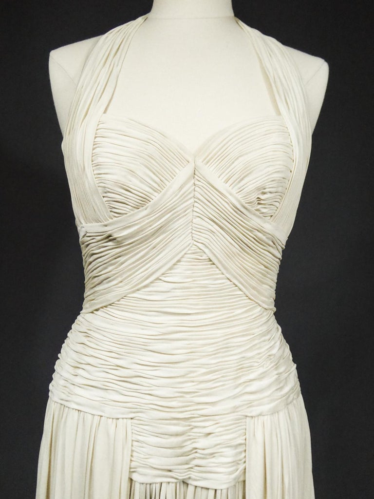 A Carven French Haute Couture Evening Dress in Pleated Jersey Silk Circa 1950 For Sale 5