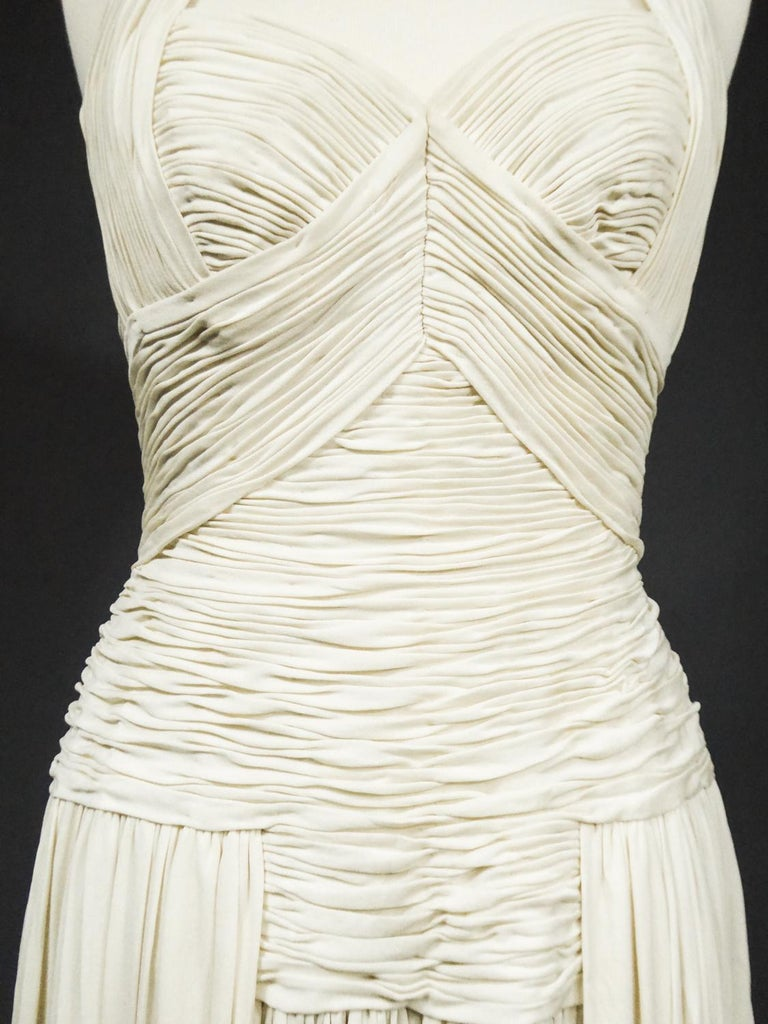 A Carven French Haute Couture Evening Dress in Pleated Jersey Silk Circa 1950 For Sale 6