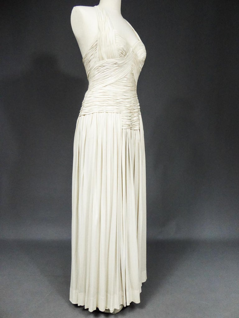 A Carven French Haute Couture Evening Dress in Pleated Jersey Silk Circa 1950 For Sale 8