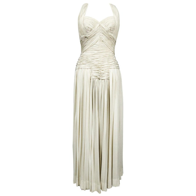 A Carven French Haute Couture Evening Dress in Pleated Jersey Silk Circa 1950 For Sale