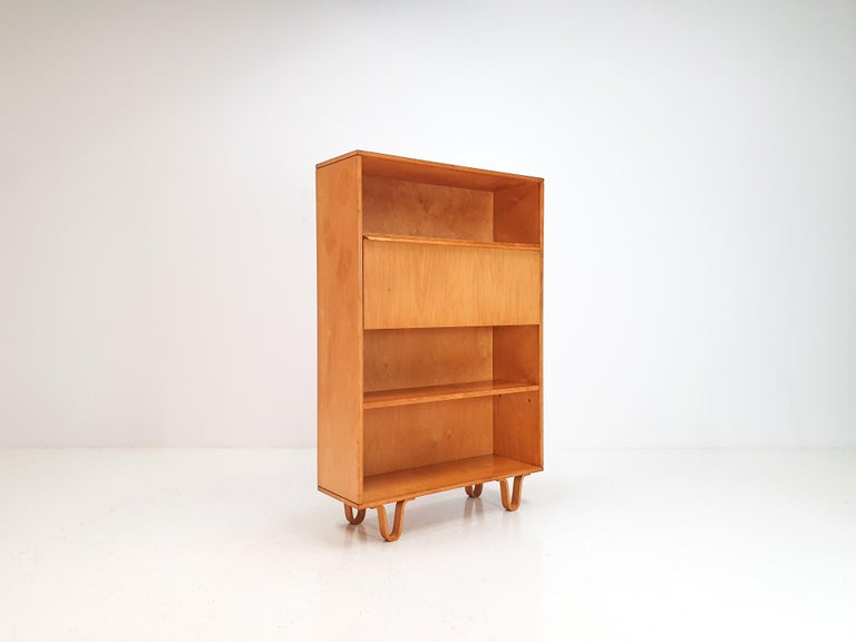 Cees Braakman BB04 Birch Secretaire for UMS Pastoe, Designed 1952, Netherlands In Good Condition For Sale In London Road, Baldock, Hertfordshire