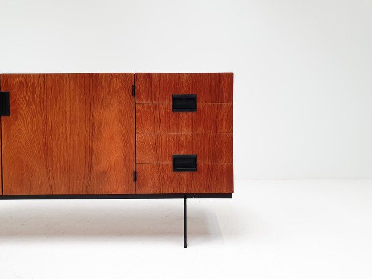 Mid-Century Modern A Cees Braakman DU-01 'Japanese Series' sideboard for UMS Pastoe, Netherlands For Sale