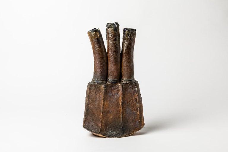 A ceramic sculpture by Gérard Brossard to La Borne. Perfect original conditions. Signed