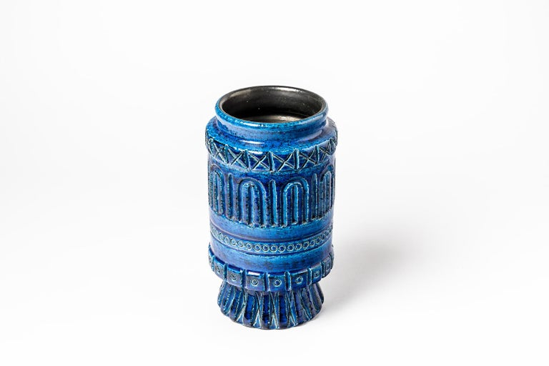 Ceramic Vase with Blue Glaze Decoration Signed Pol Chambost, circa 1960-1970 In Excellent Condition For Sale In Saint-Ouen, FR