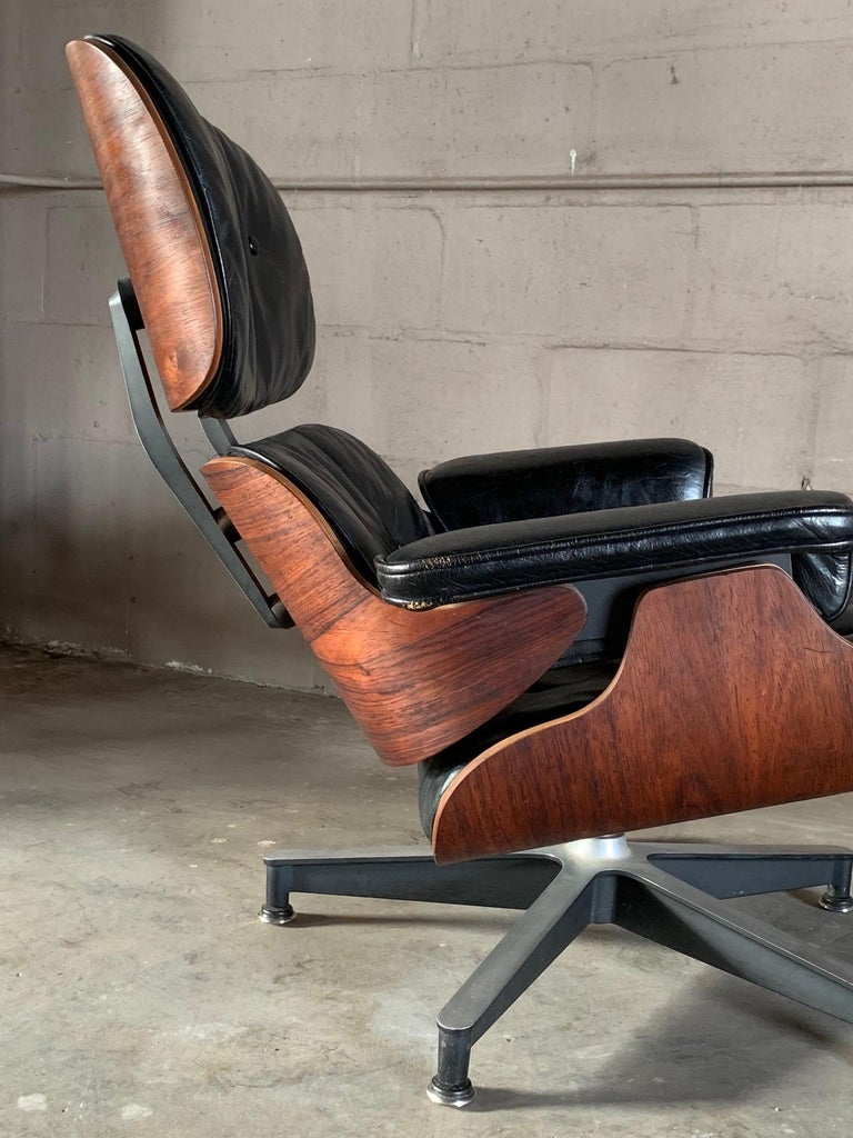 Charles Eames Herman Miller Lounge Chair and Ottoman 1956 For Sale 2