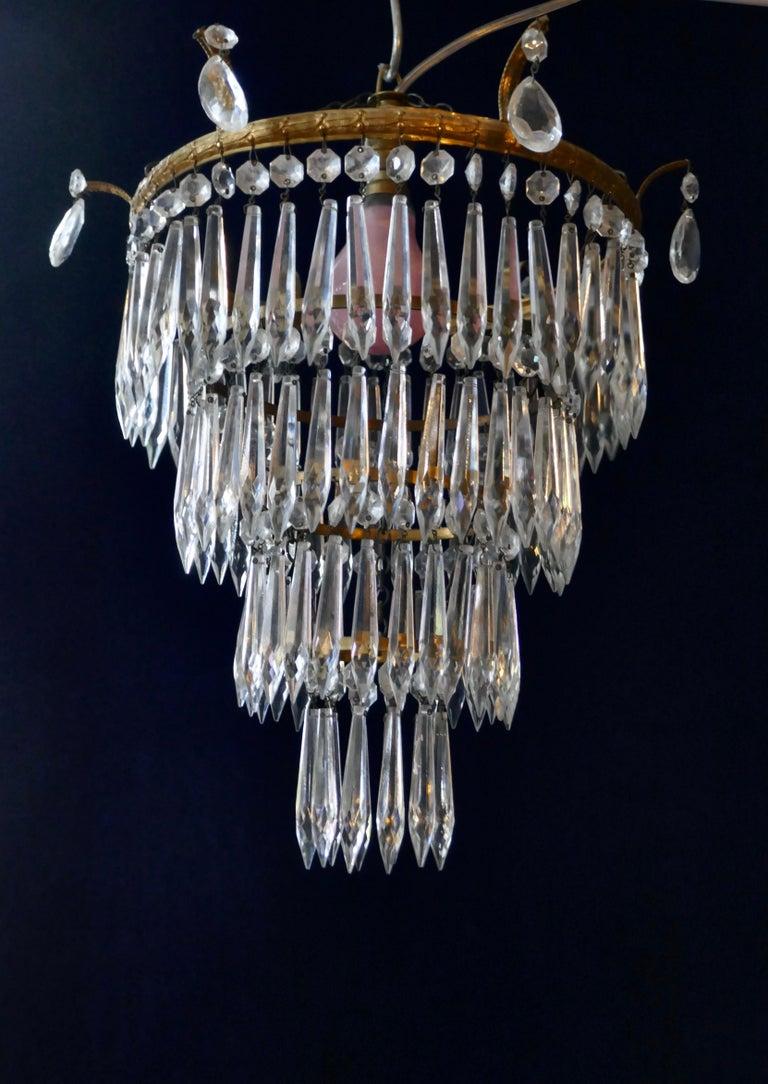Charming Art Deco 4-Tier Waterfall Pendant Chandelier For Sale 3