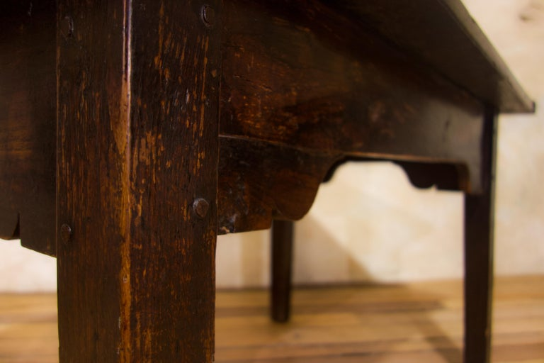 A Charming Mid 18th Century Joined Oak Country Farmhouse Table For Sale 3