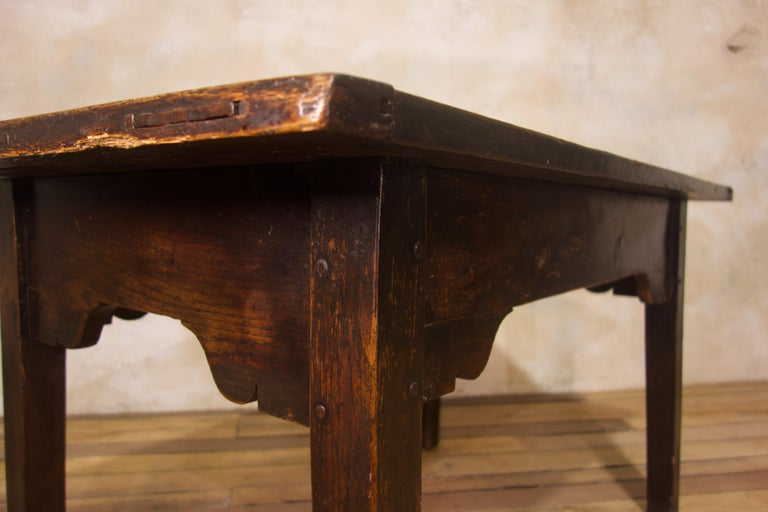 A Charming Mid 18th Century Joined Oak Country Farmhouse Table For Sale 5