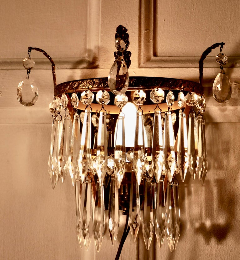 Charming Pair of Waterfall Chandelier Wall Lights In Good Condition In Chillerton, Isle of Wight