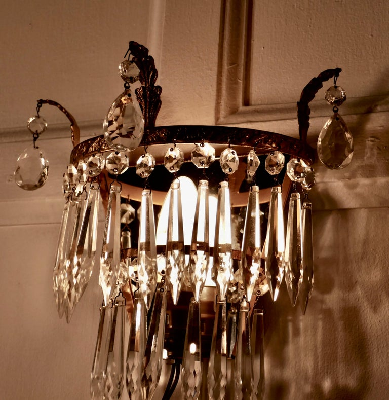 20th Century Charming Pair of Waterfall Chandelier Wall Lights