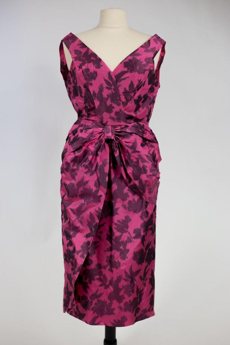 A Chiné Taffeta Silk cocktail Dress French Circa 1955/1960 For Sale 1