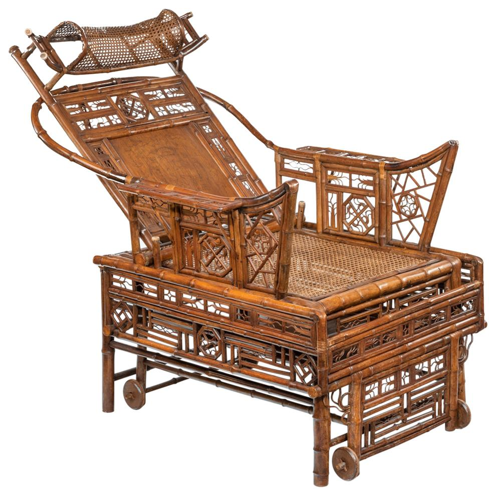Chinese Export 'Brighton Pavilion' Bamboo Adjustable Day Bed