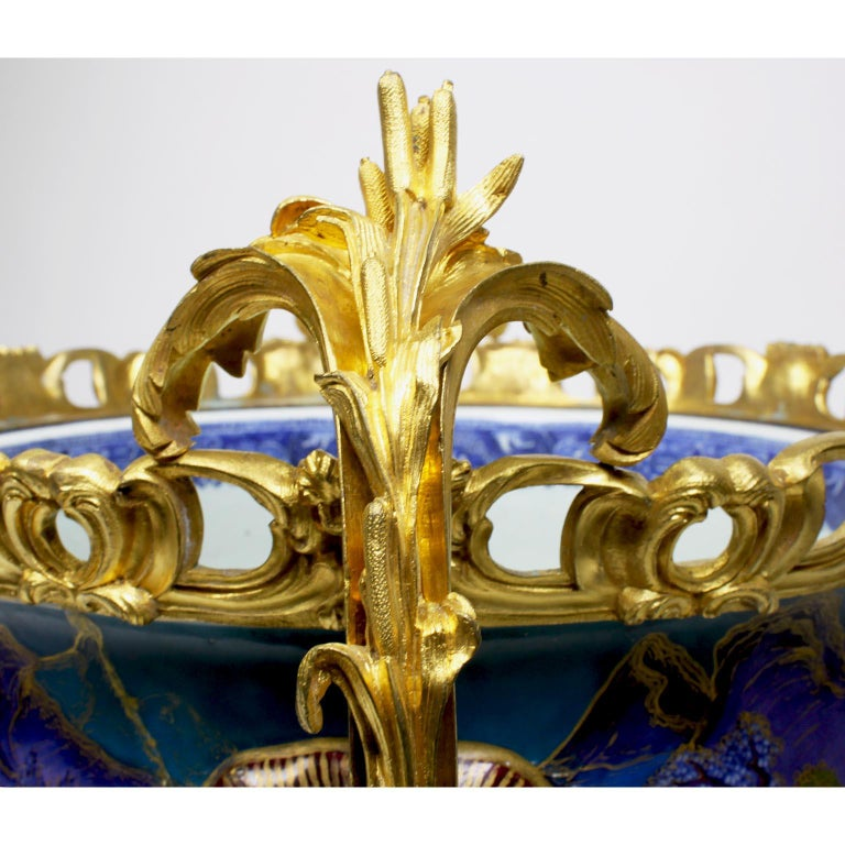 Chinese Export Famille Verte Porcelain & French Ormolu Chinoiserie Centerpiece For Sale 7
