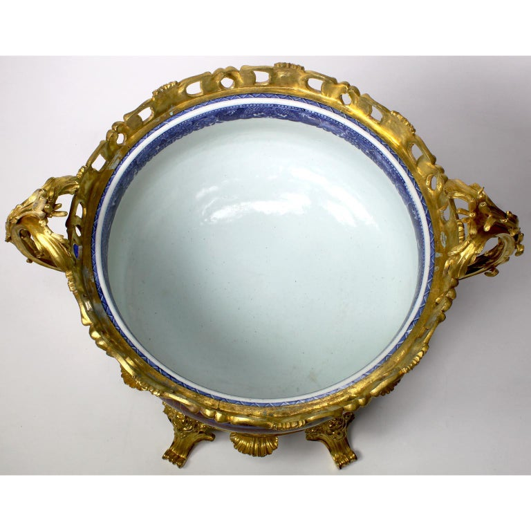 Chinese Export Famille Verte Porcelain & French Ormolu Chinoiserie Centerpiece For Sale 10