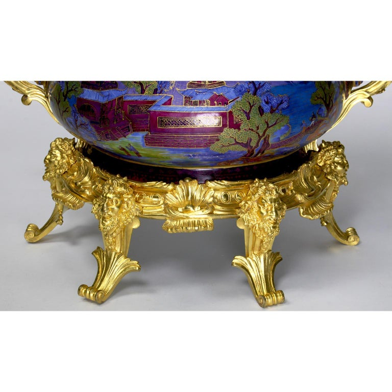 19th Century Chinese Export Famille Verte Porcelain & French Ormolu Chinoiserie Centerpiece For Sale