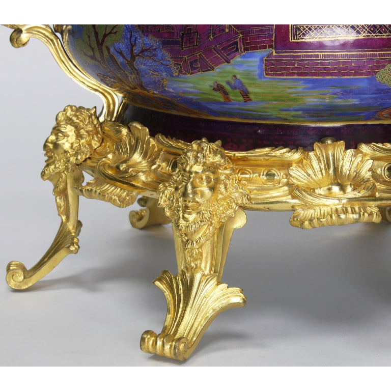 Chinese Export Famille Verte Porcelain & French Ormolu Chinoiserie Centerpiece For Sale 1
