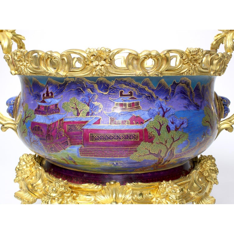 Chinese Export Famille Verte Porcelain & French Ormolu Chinoiserie Centerpiece For Sale 3