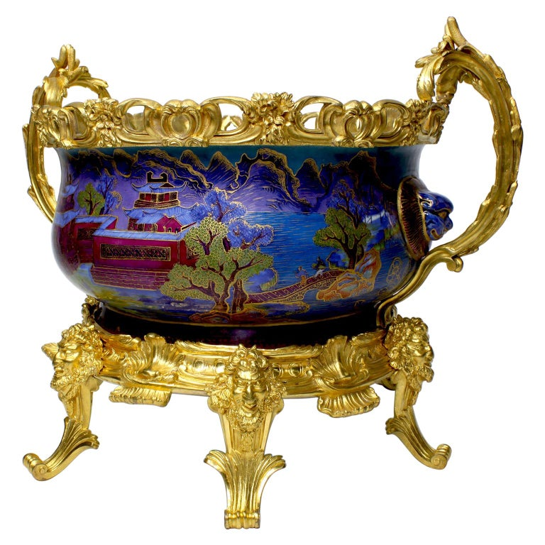 Chinese Export Famille Verte Porcelain & French Ormolu Chinoiserie Centerpiece For Sale