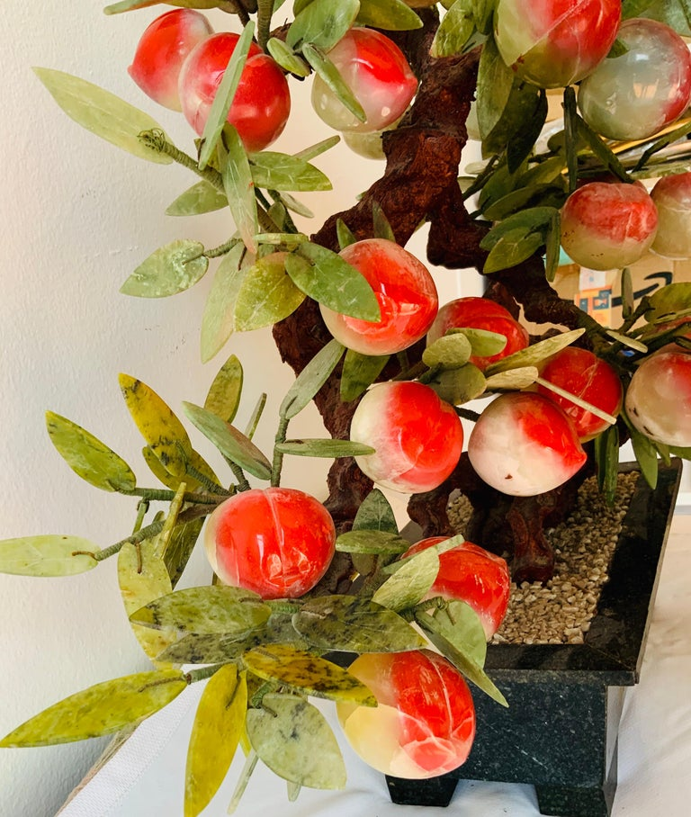 Chinese Jade Peach Tree Bonsai Table Decor In Good Condition For Sale In Guaynabo, PR