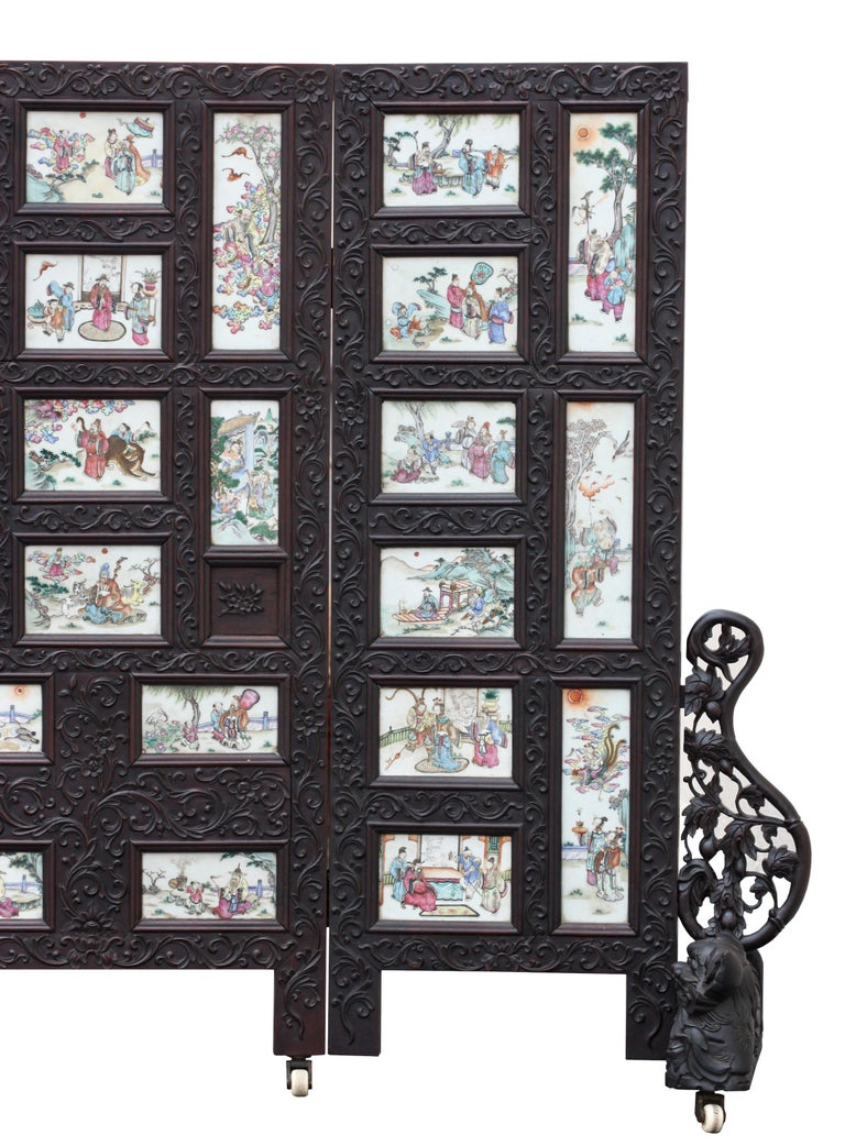 Chinese Three-Panel Porcelain Inlaid and Mixed Wood Screen For Sale 7