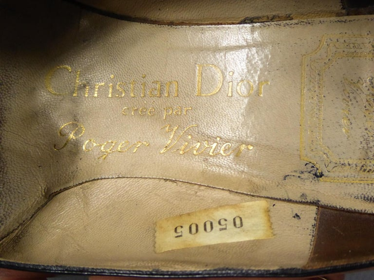 A Christian Dior pair of evening heel by Roger Vivier Circa 1960 In Good Condition For Sale In Toulon, FR