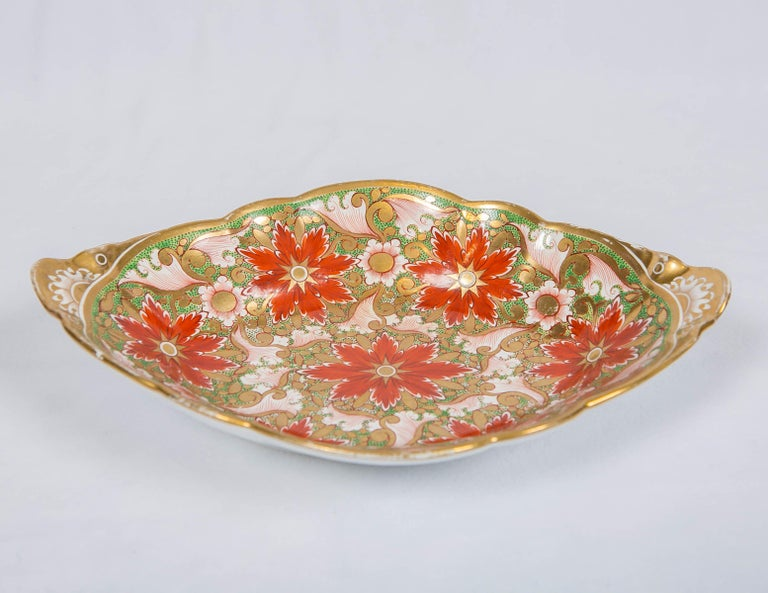 19th Century Christmas Dish Made by Minton in England circa 1805 For Sale