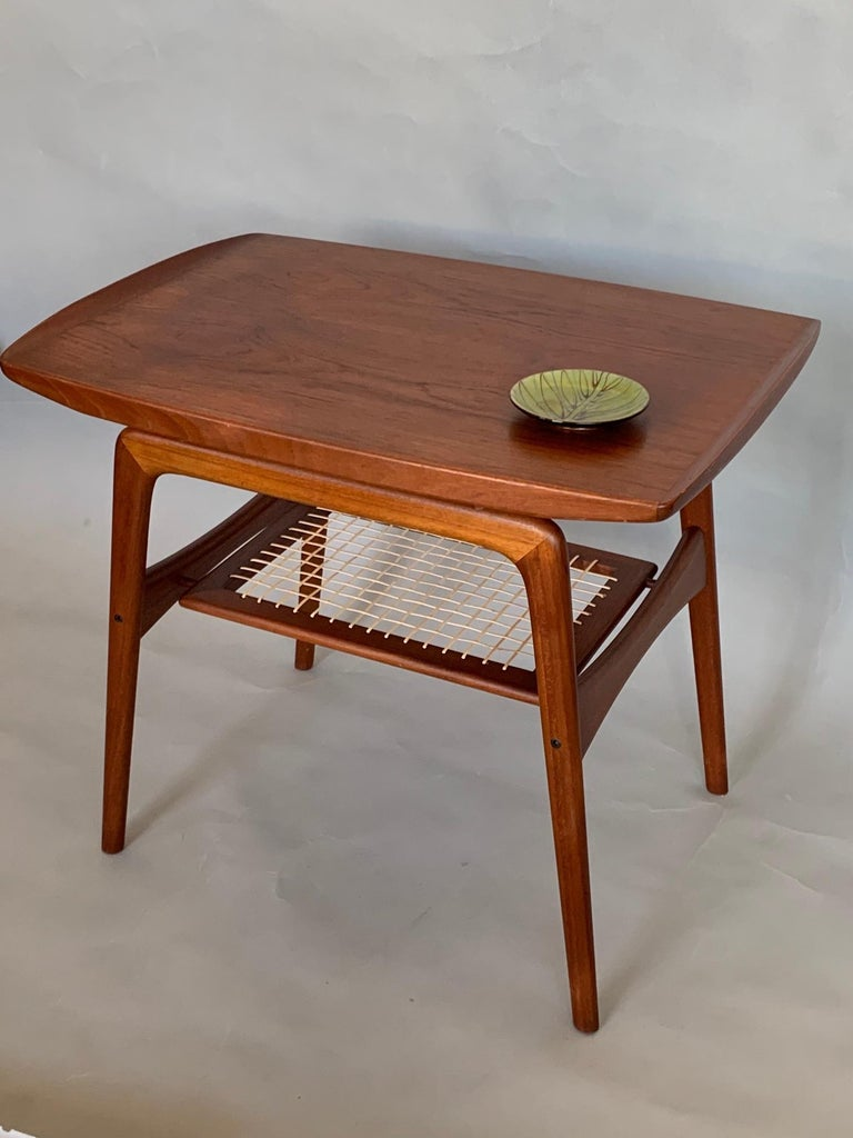 Classic Danish Side Table by Arne Hovmand-Olsen for Mogens Kold in Teak For Sale 1