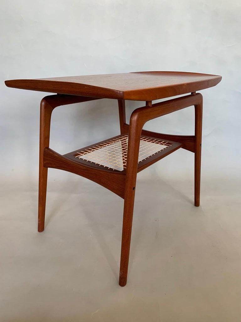 Classic Danish Side Table by Arne Hovmand-Olsen for Mogens Kold in Teak For Sale 4