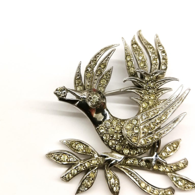 Women's or Men's A clear paste 'bird with diamond' brooch, Christian Dior by Mitchel Maer, 1950s For Sale