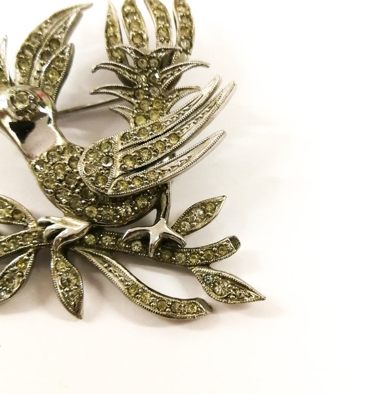 A clear paste 'bird with diamond' brooch, Christian Dior by Mitchel Maer, 1950s For Sale 2