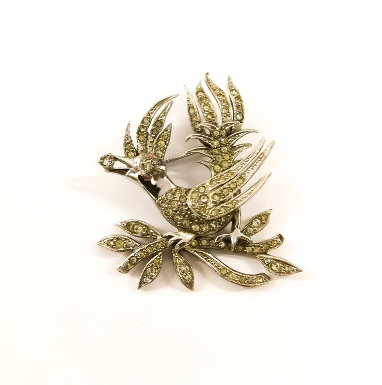 A clear paste 'bird with diamond' brooch, Christian Dior by Mitchel Maer, 1950s For Sale 4