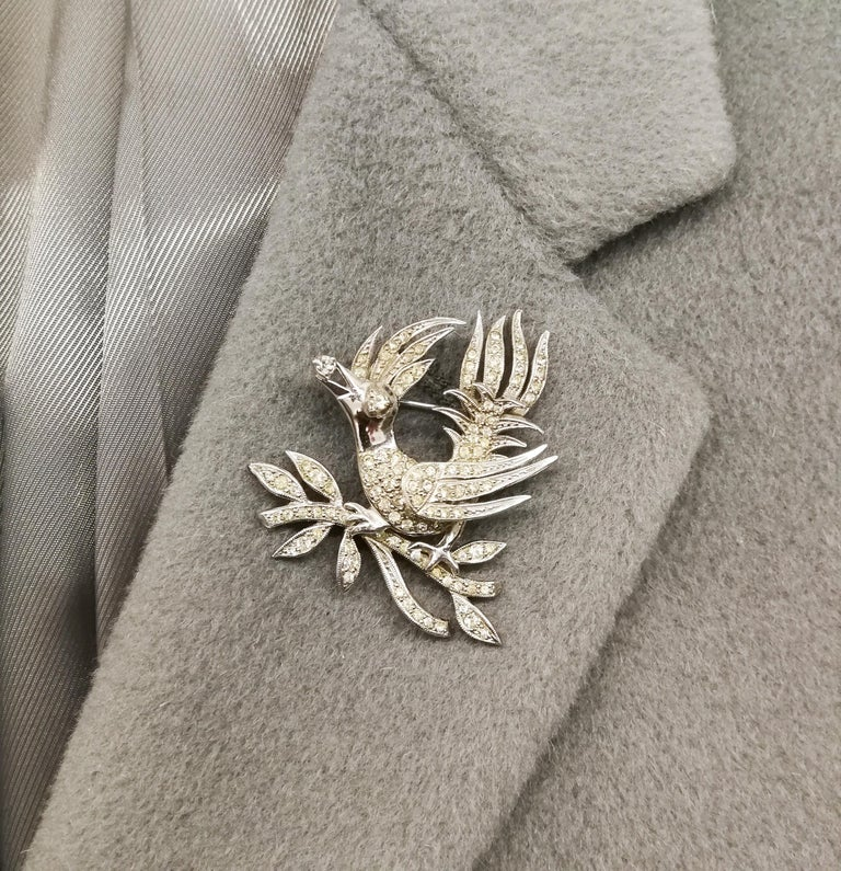 A clear paste 'bird with diamond' brooch, Christian Dior by Mitchel Maer, 1950s For Sale 5