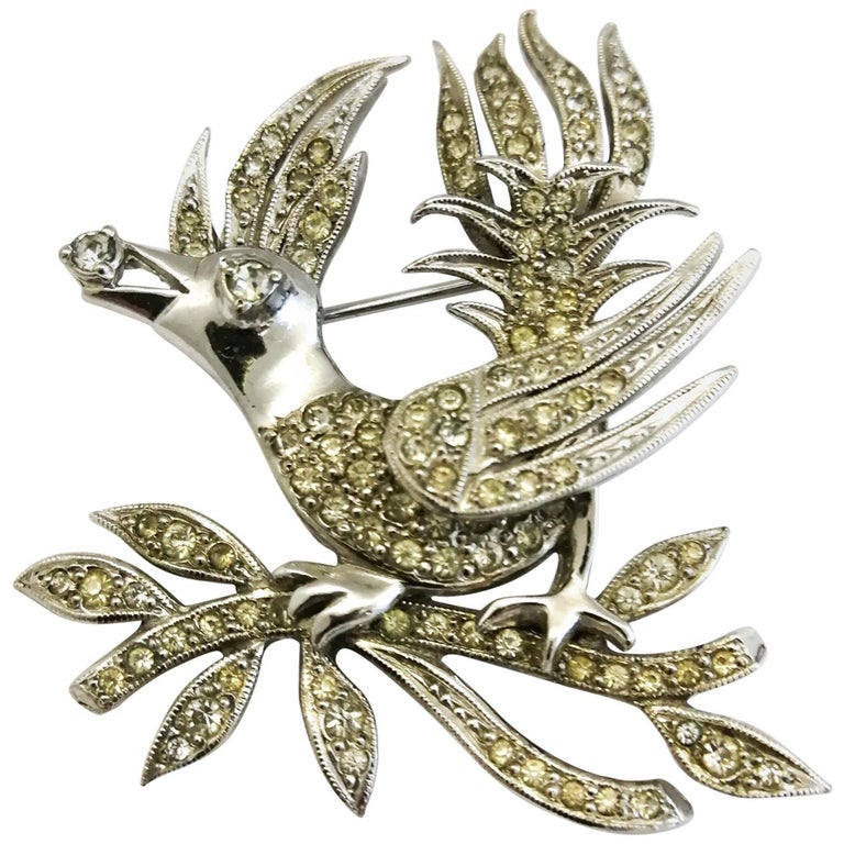 A clear paste 'bird with diamond' brooch, Christian Dior by Mitchel Maer, 1950s For Sale