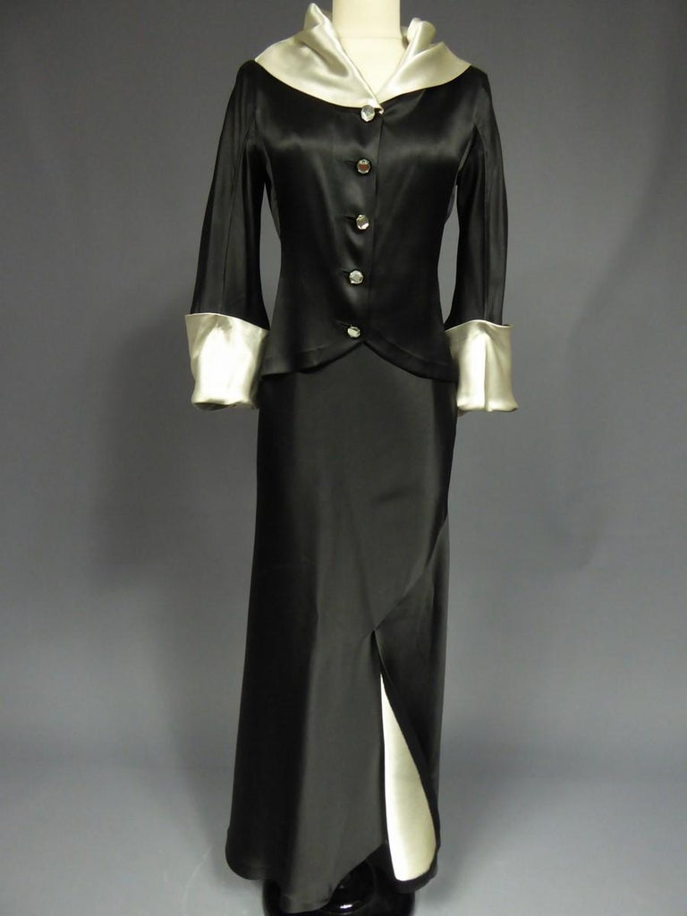 A Coco Chanel (attributed to) Tuxedo Satin Skirt Couture Suit - Paris Circa 1933 For Sale 5