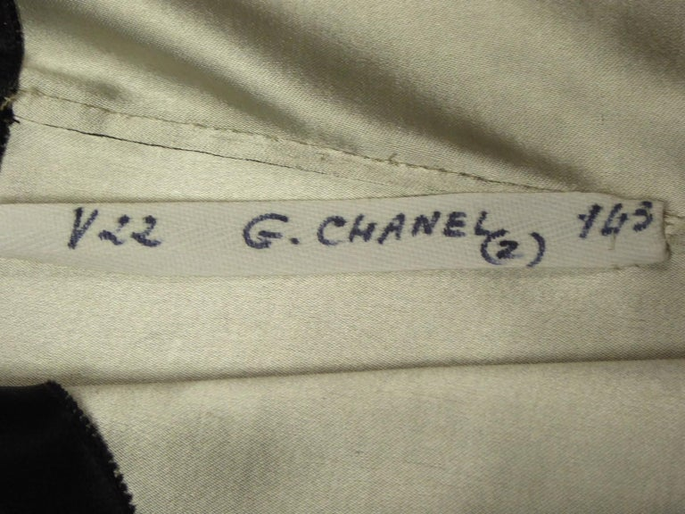 A Coco Chanel (attributed to) Tuxedo Satin Skirt Couture Suit - Paris Circa 1933 For Sale 6