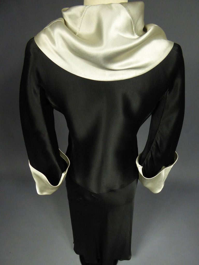 A Coco Chanel (attributed to) Tuxedo Satin Skirt Couture Suit - Paris Circa 1933 For Sale 3
