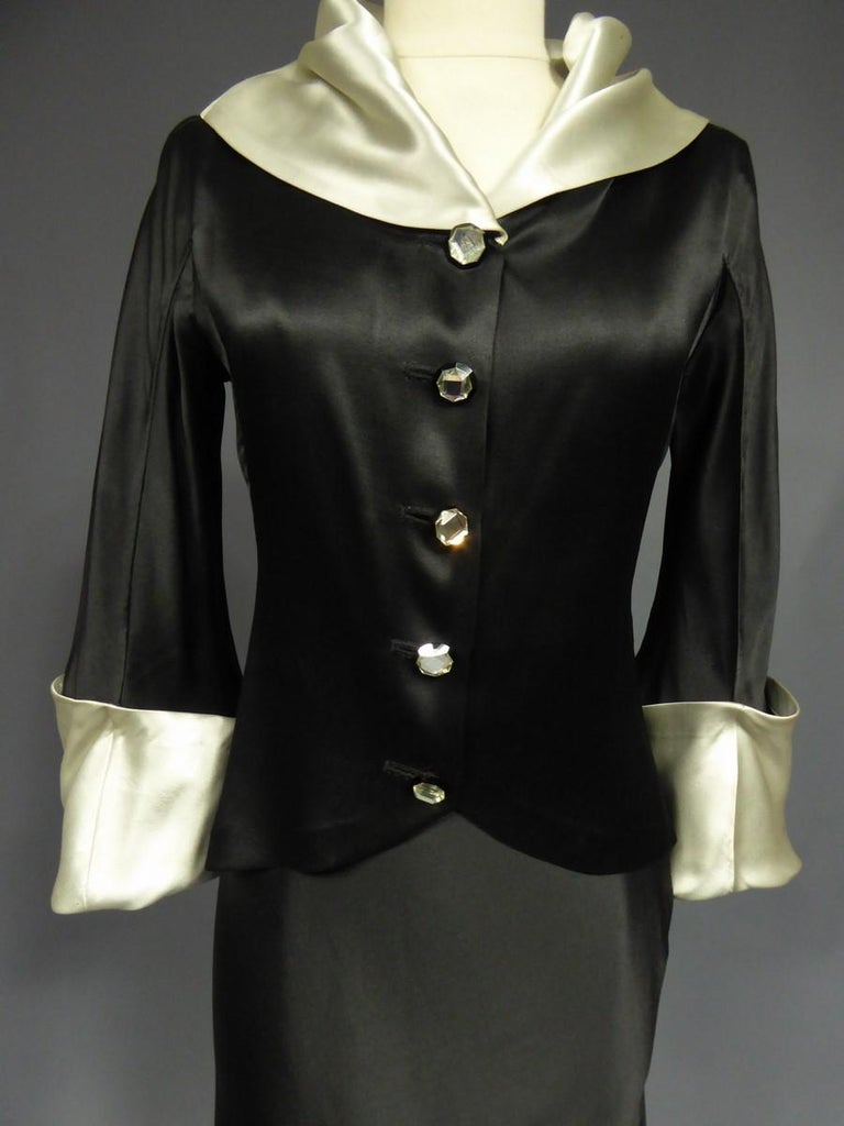 A Coco Chanel (attributed to) Tuxedo Satin Skirt Couture Suit - Paris Circa 1933 For Sale 4