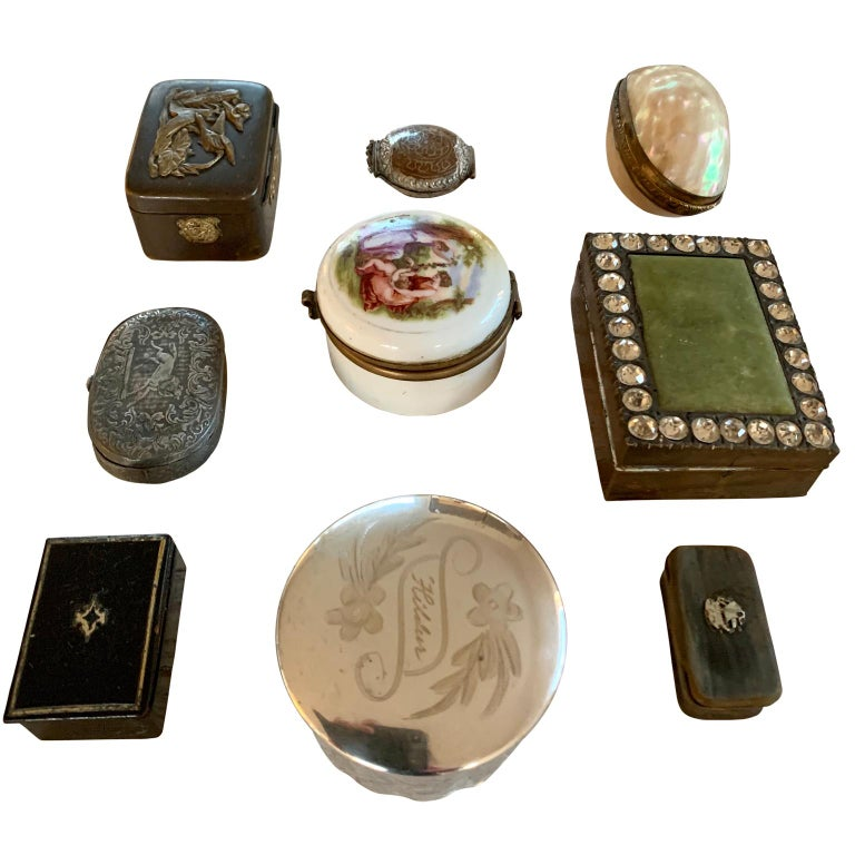 Victorian European Collection Of Antique 19th Century Snuff Boxes  For Sale