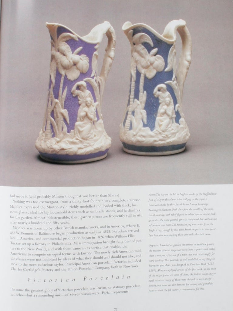 A Connoisseur's Guide to Antique Pottery & Porcelain by Ronald Pearsall, 1st Ed For Sale 6