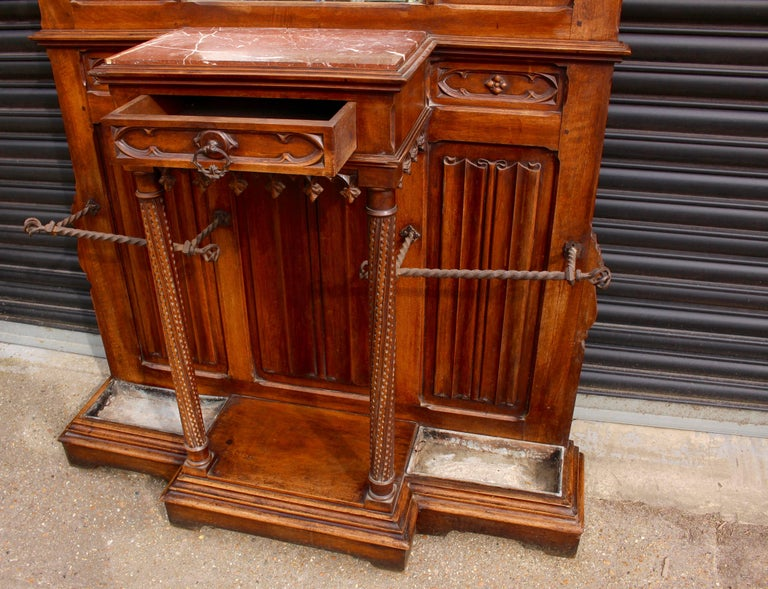 Continental Gothic Revival Carved Walnut Hall Stand, circa 1890 In Good Condition For Sale In Heathfield, East Sussex