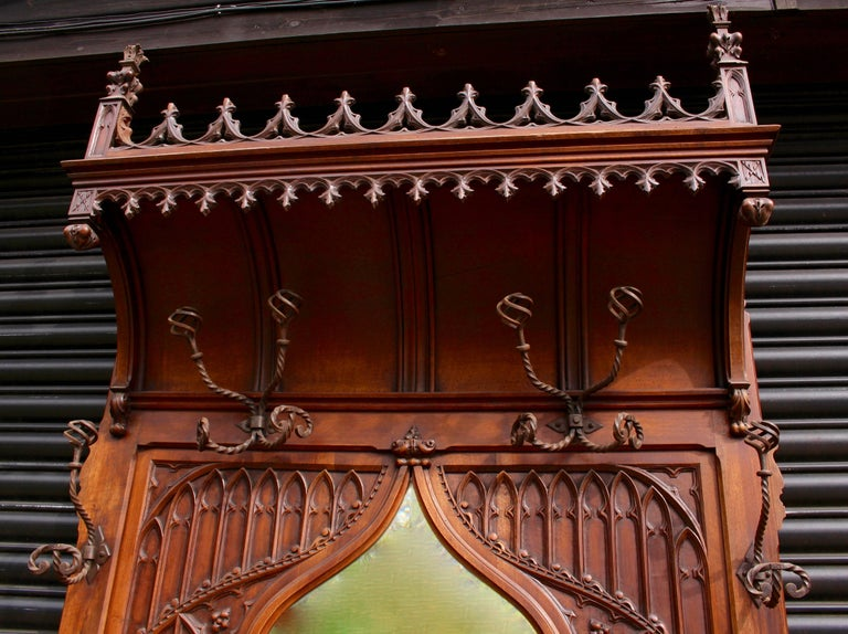 19th Century Continental Gothic Revival Carved Walnut Hall Stand, circa 1890 For Sale