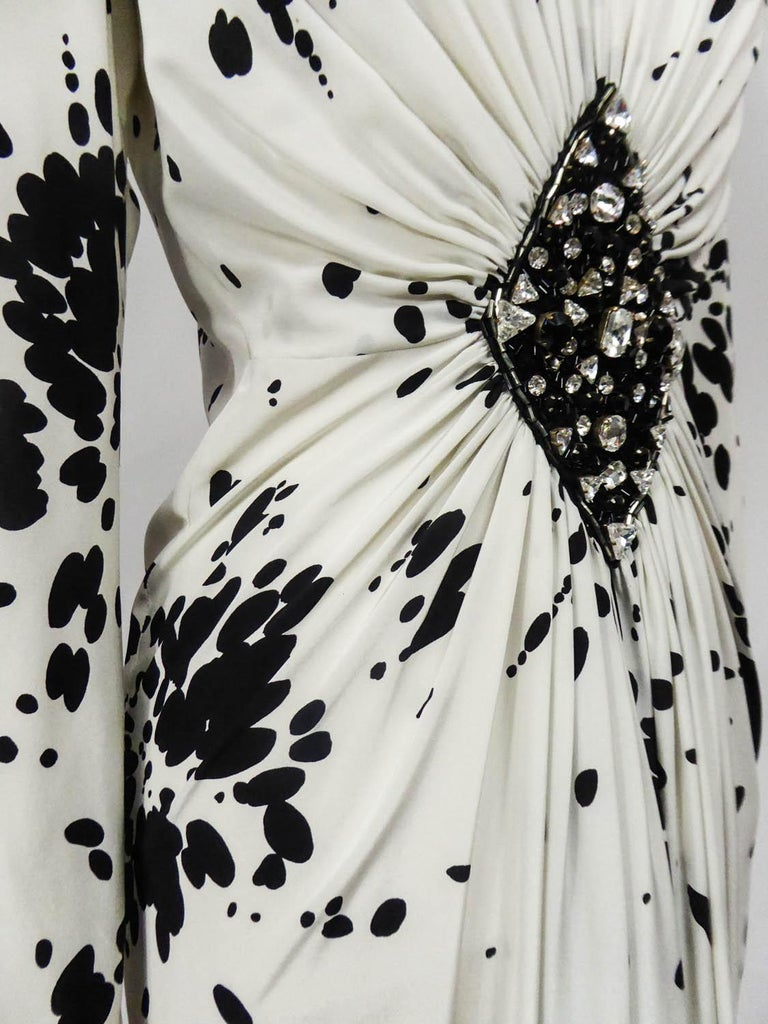 A Couture Yves Saint Laurent (attributed to) Evening Dress Circa 1984 For Sale 4