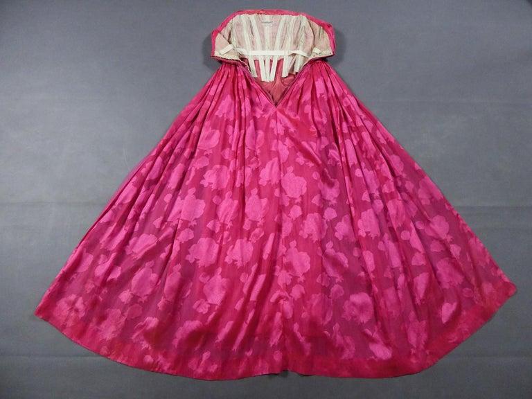 A Cristobal Balenciaga Damask Chiffon Couture Evening Dress Circa 1960 In Good Condition For Sale In Toulon, FR