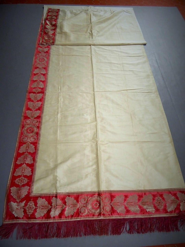 Women's or Men's A Curtain in Cream Taffeta and Border in Red and Silver Lampas French Circa 1830 For Sale