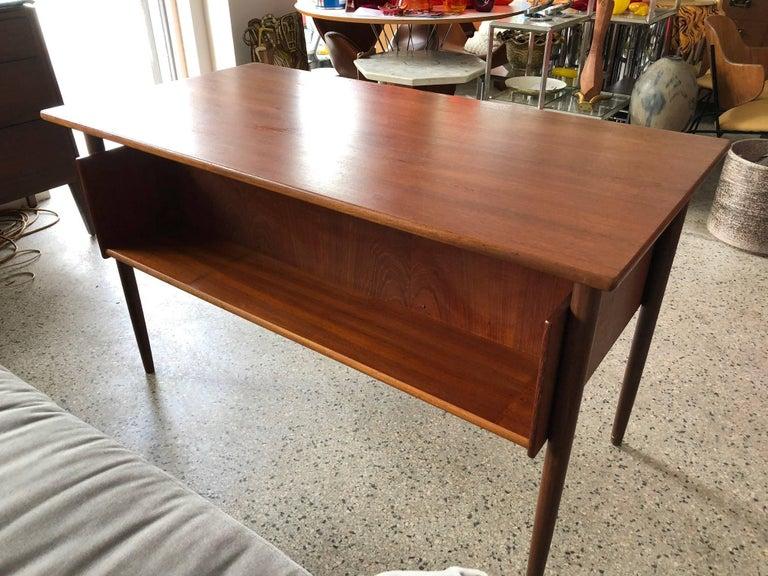 Danish Teak Desk by Pedersen with Floating Top For Sale 2