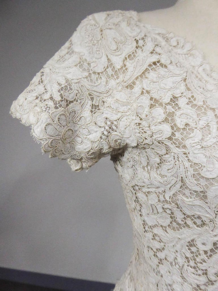A Dior/ Bohan Couture Cream Lace Dress and Bolero numbered 94445 Circa 1965 For Sale 2