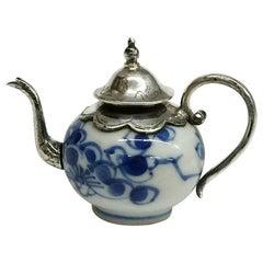 Dolls House Miniature Chinese Porcelain Teapot, Kangxi Period