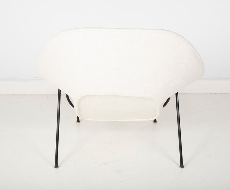 Early Womb Chair Designed for Eero Saarinen For Sale 5